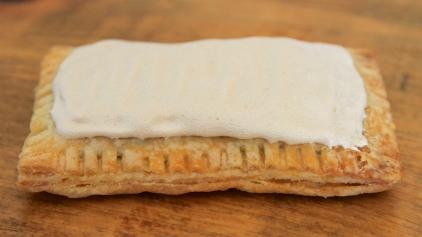 Apple-Cinnamon Toaster Pie